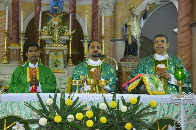 Mangaluru :  Feast of Relic of Saint Anthony - Fifth day of Novena